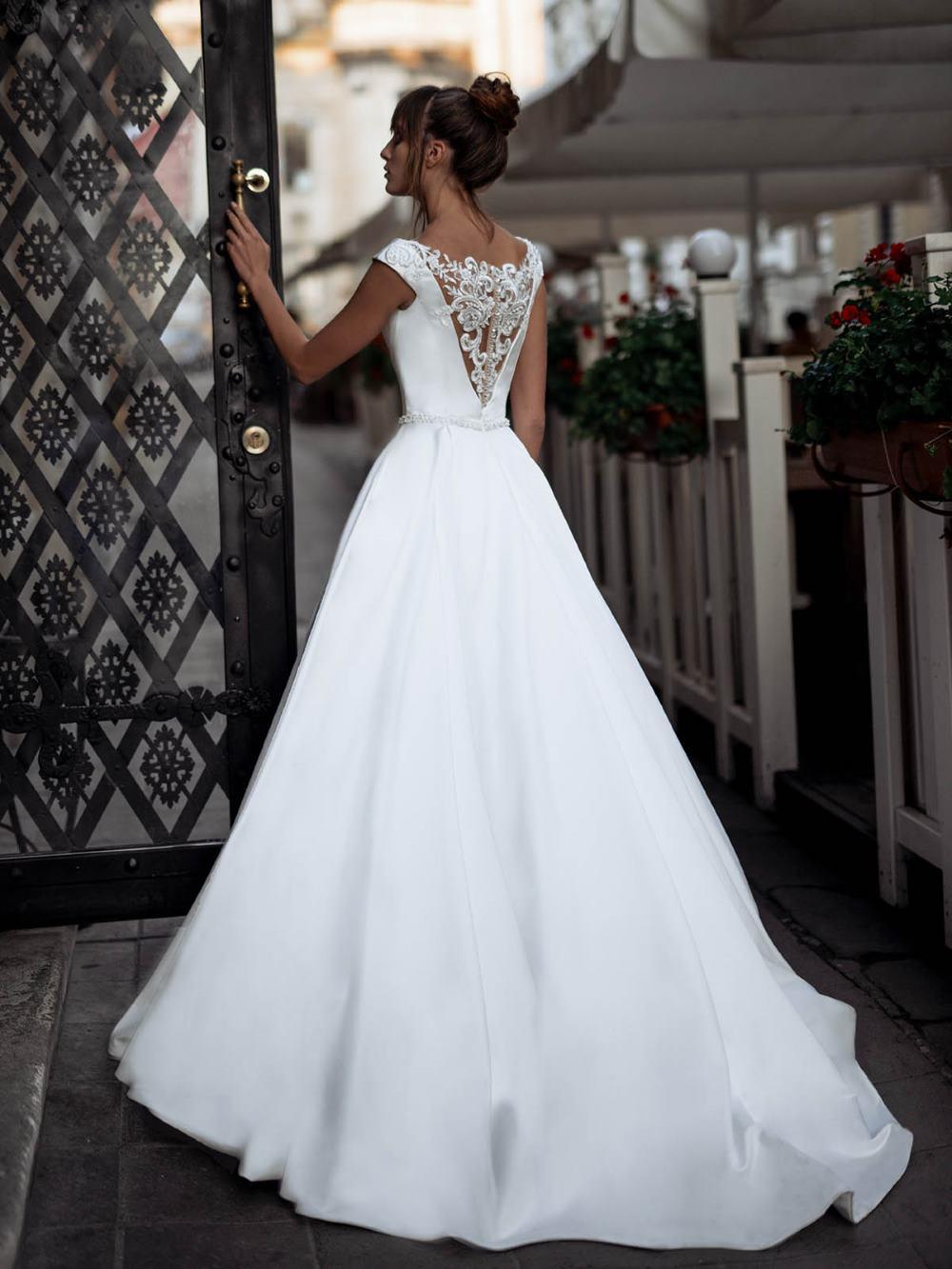 d2260dab973 Свадебное платье Lizzy - купить свадебные платья в Санкт-Петербурге
